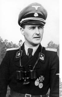 この写真のような戦車兵に大佐の階級章がついている記録写真はありますか。