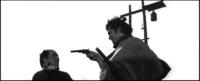 黒澤映画「用心棒」でピストルが登場しますが、ピストルが出てくるってことは、時代背景は江戸時代の幕末あたりと見て間違いないですか??