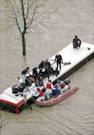 観光バス水没災害,奇跡,全員,台風23号,平成16年10月