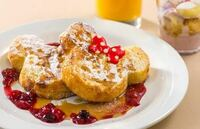 今度ディズニーランドのセンターストリートコーヒーハウスの朝食のフレンチトーストを食べに行きたいと思っているのですが予約は当日9時からのもので大丈夫ですか? 自前にオンラインでできる予約を試してみたの...