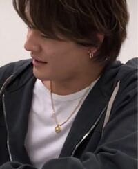 森本慎太郎くんの最近付けてるネックレスはどこのブランドのものでしょうか?