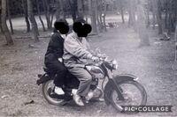 古いバイクに詳しい方いましたら このバイクの車種教えていただけるとありがたいです  よろしくお願いします