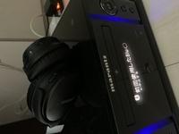 アンプからヘッドホンをブルーツゥースで繋いでTV音源を聴きたいのですが、ブルーツゥースが接続出来るのかをご教示下さい。機器はBose QuietComfort 35 wireless headphones IIとマランツ m-cr 611 です。アンプ...