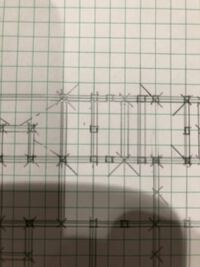 二級建築士製図試験の伏図について質問です。1間に柱が2本ある場合は120×150で問題ないのでしょうか?エスキス時にいいプランを書いていればこのような伏図にはなることないのですが後戻りできないので補強方法教...