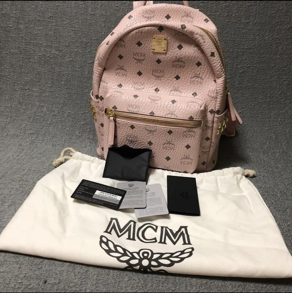 このMCMのバッグパック(リュック)は本物ですか?偽物ですか?詳しい人教えてください