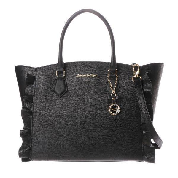 このサマンサタバサのフラッター大ブラックに 似ているバッグ教えて欲しいです このフラッター大より大きいのが希望です