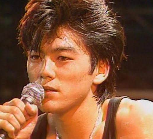 尾崎豊さんでメッセージ性の 高い曲はどの曲だと思いますか?