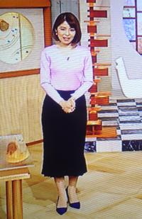 鎌倉千秋様、長身に見えるのはスタイルのせいかにゃ。