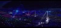 先日SixTONESのYouTubeで公開されたトーンインパクトのダイジェストの映像の1部なのですが、すごくペンラの色が揃っていて綺麗なのですが、 この時のペンライトは、システム的に制御(嵐さんのコンサートのような...
