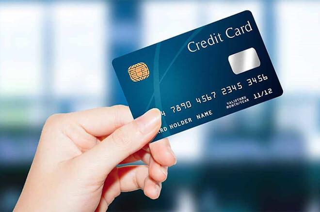 クレジットに頼らない生活やお金の管理方法を教えてください