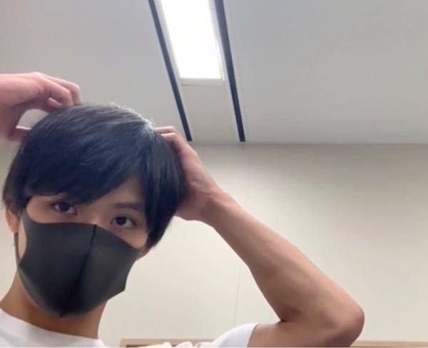この人がつけてるのはピッタマスクの黒ですか?