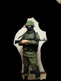 クリミア2014のロシア軍((ゲフンゲフン …礼儀正しい人々をイメージして装備を組みました。 どうでしょうか?それっぽく見えますか? 私の心が破壊されない適度にご指摘歓迎です。(サバゲにおいてボディアーマーは...