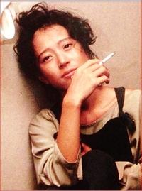 山口百恵、桜田淳子、松田聖子、中森明菜  この4人を、美人順に並べてください?? 20歳くらいの頃