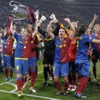 。   UEFAチャンピオンズリーグ「2008-2009」の決勝戦の90分試合フルタイム収録のDVDは、地球上に存在していますか? 日本人用に製作されたUEFACL2009FINALEの90分フルタイムDVDは存在してないのかもしれないです...