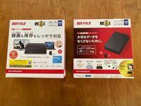 【至急教えていただけたらうれしいです】 バッファロー外付けハードディスクの、 HD-NRLD4.0U3-BA と HD-LD4.0U3-BKA は 何が違うのでしょうか? 家電量販店仕様などの型番違いだけでしょうか?