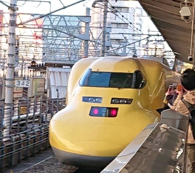 この新幹線に一般のお客さんが乗れることってありますか?