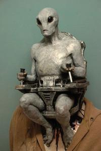 宇宙人はよく  人間の姿をして  地球人になりすましていると言われますが  実際  こんな感じなのでしょうか?  ウラノソト