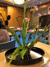 生け花に使われているお花の名前を教えてください。