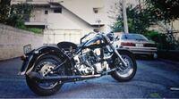 バイクについて。 ハーレーダビッドソンのなんというモデル?のバイクですか??知ってる方いたら教えてください。
