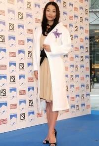 あなたが思う小池栄子さんの魅力とは何ですか? (日付変わり11月20日は1980年生まれの彼女の区切りの誕生日で)