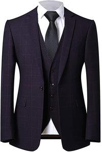 ビジネススーツについてです。  画像を添付しておりますが、ワインレッドより深みがある、 濃い紫との中間色という感じです。 このようなスーツでもビジネススーツとして着用しても問題ないものでしょうか?  また着用するならばシャツ、ネクタイはどのようなコーデがよろしいでしょうか?  アドバイスよろしくお願いいたします。