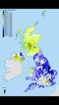 これはイギリスで行われたEU離脱総選挙の地域別のやつです。緑が濃いほど残留派が多く、青が濃いほど離脱派が多いということです。 これを見ると北と南で意見が別れています。これは何でなんでしょうか?お願いし...