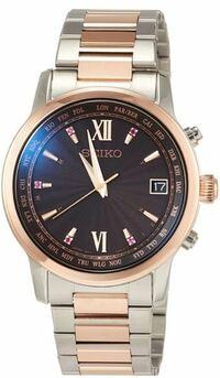 腕時計について 大学生男です 画像のような時計を着けるのはおかしいでしょうか? メンズ用として売られているのですが、色が女性が着けそうな感じがするので。 セイコーブライツの時計です