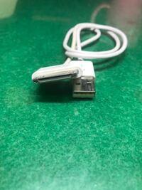 USBのケーブル名称、使用目的を教えてください。