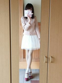 僕の女装は可愛いですか? スカート姿はどうですか? 女の子に見えますか? この格好で外出しても大丈夫ですか?