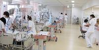 日本のコロナの医療崩壊の危機について。 ①欧州では人口100万人あたりの死者が多い。 ②日本ではアジアの奇跡と言われるほど死者は少ない。 ②は緊急の医療危機が叫ばれています。 ①は被害が大きいにも関わらず、医療危機のニュースは伝わってきません。 ①と②の違いは何か原因があるのですか。