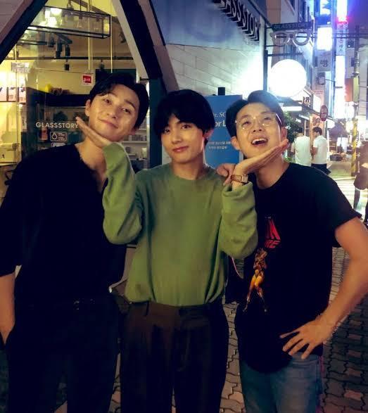 韓国に詳しい方にお聞きします。パク・ソジュンとBTSのV(テテ)とチェ・ウシクが仲良くなったきっかけってなんですか?