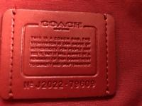このコーチのトートバッグは本物ですか?
