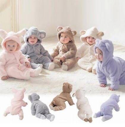 友人の出産祝いに、写真のような着ぐるみタイプのベビー服をプレゼントしたいと思ったのですが、危ないでしょうか。 ベビー服を送るならこういう形のものがいいとか、他にこういうものをもらって良かったなど...