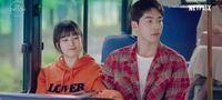韓国ドラマのスタートアップのワンシーンでここで流れる曲なんていうかわかる方いませんか? 可愛い感じの明るい曲です。