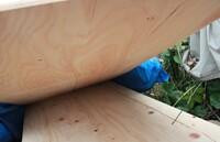 構造用合板について教えてください。 屋根の葺き替えを行っており、業者の方が、写真のような「構造用合板」を持ってこられたのですが、JASの基準に合格したスタンプがありません。業者の方は、1枚1枚に押印さ...