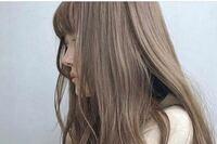 髪の毛 髪色 これは何色ですか?