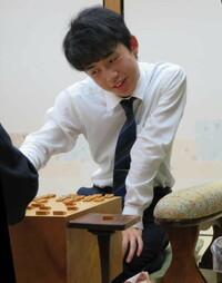 藤井聡太二冠の高校中退 将棋に集中って事らしいが3年の3学期でコレはもったいないって表現になるのは凡人の考えでしょうかね?