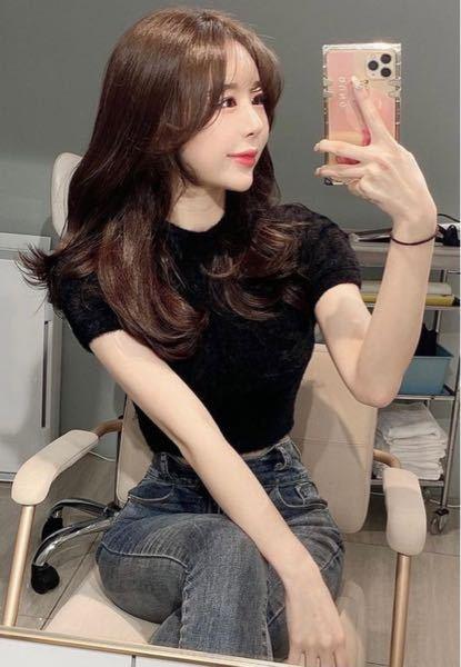 このようなシンプルな韓国みたいなファッションが投稿されているハッシュタグは何ですか?