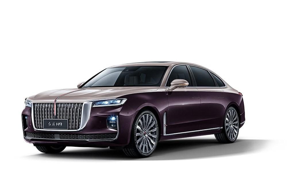 最近話題。中国メーカーの高級車「紅旗H9」ですが、 中国販売価格の日本円換算で500~800万円台とのこと。 20代でもローンで新車が買えそうですが、 買って乗りたいと思いますか? 見た目はロ...