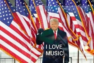 I love music という言葉は、 クラカテでは商標登録されているのでしょうか。 最近この画像を質問に貼ったところ、 「人の名前を勝手に使われて不愉快だ。通報した」 と、脅しのコメントがあ...