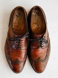 ウィングチップやプローグ入りの靴はオジサン臭いですか?