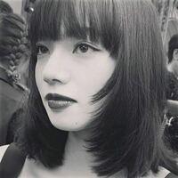 この小松菜奈さんの髪型はウルフカットでしょうか?