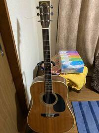 自分のではないのですが、このギターの糸?の部分を交換したらまだ使えるのでしょうか?