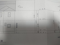 この立面図から1階と2階の天井の高さを知りたいです。 よろしくお願いいたします。