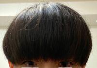 前髪重めのマッシュを希望して先日いつも行くところでは無い美容院に行って髪を切ってもらいました 前髪は右に流すことが多いため気持ち右側長めでパッツンにはしたくない、毛先は目にかかるくらいとオーダーしま...