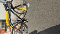 実用はクロスバイクと言いますが、私はロードバイク主義で、ハイエンドのロードバイクで普通にオムツ等を買いにいくのですが、ロード乗りから見ると邪道なのでしょうか?
