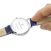 私は腕時計を1本しか持っていないのですが、私の腕時計には画像のような加工がされていることもあり、替えベルトは4色持っています。 これは一般的な所有の仕方ですか?