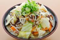 野菜ラーメンやチャンポンなどの野菜の乗った麺類は好きですか? またどちらが好きですか?