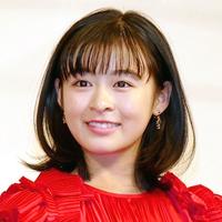 中森明菜さんのファンの方アンチの方どちらの方にもうかがいます。 岩崎宏美さんと森七菜さんどちらがかわいいと思いますか? 共に、今現在とします。
