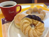 ミスドのドーナツにはコーヒーですか? カフェオレの方が良いですか?